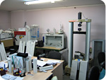 Нажмите для просмотра: Фото-экскурсия на производство профиля ПВХ PROPLEX: Лаборатория